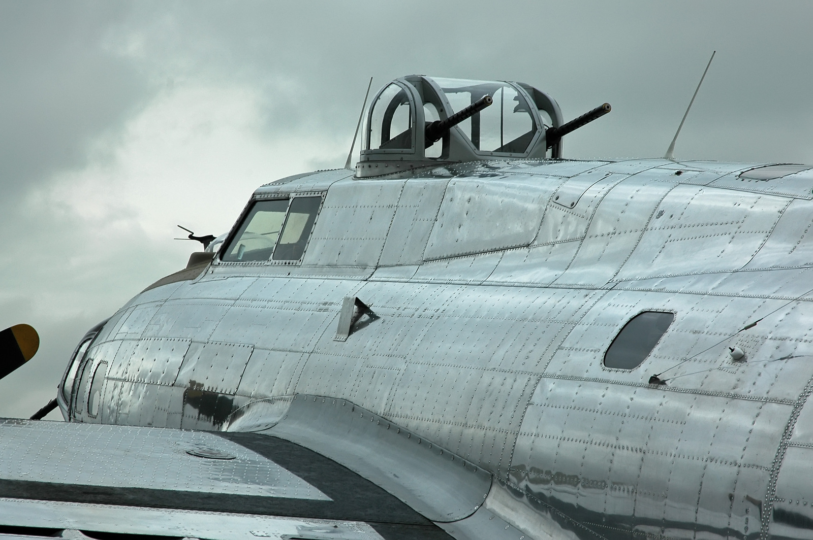 Translations Into Italian: Sperry B-17 Top Turret For Sale